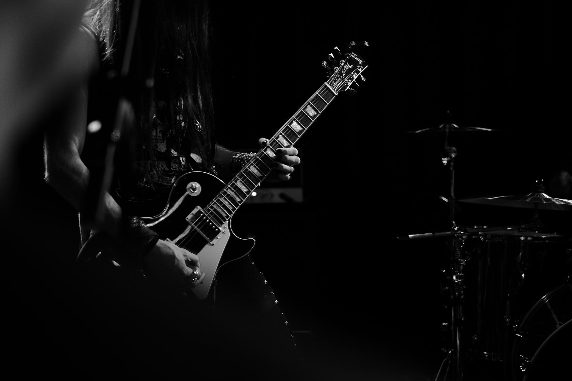 Die akustische Entwicklung der Band